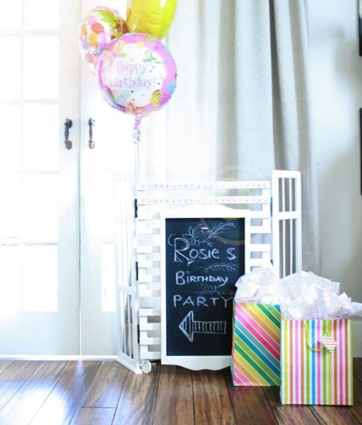 free-standing chalkboard/sign for parties, picnics, yardsales