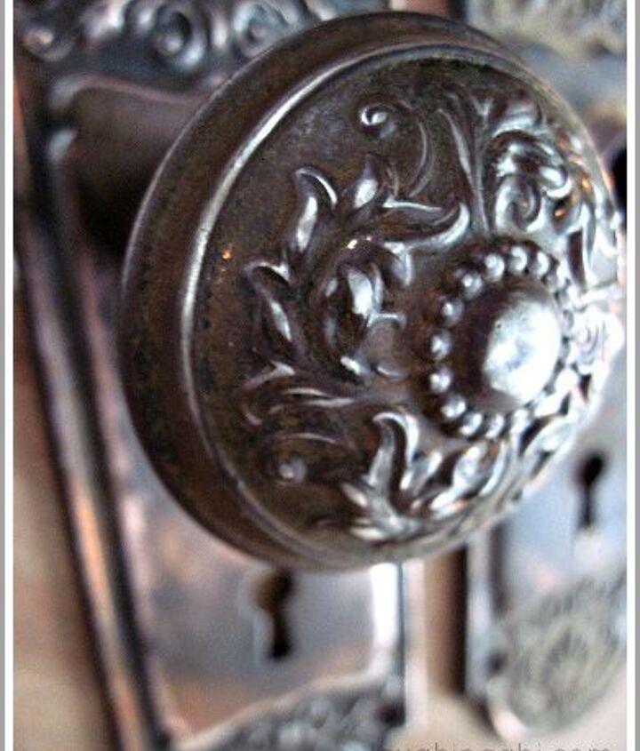 vintage doorknob repurposed as a purse hook, painted furniture, repurposing upcycling