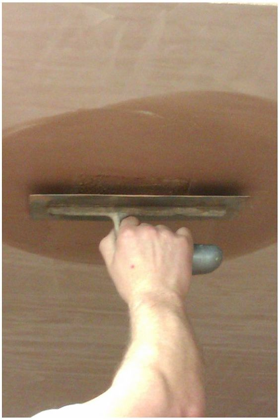 how to repair a small hole in your ceiling, home maintenance repairs, how to, walls ceilings, How to repair a small hole in your ceiling
