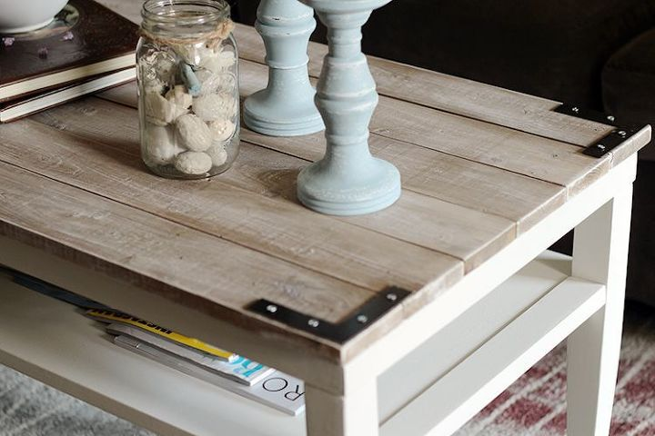 Coffee Table Transformation http://upcycledtreasures.com/2013/08/diy-planked-farm-style-coffee-table/