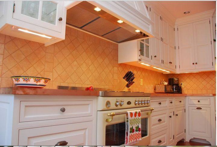 Under Counter Task Lighting In Kitchen on recessed lighting in kitchen, custom backsplash in kitchen, tile backsplash in kitchen,