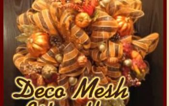easy to make deco mesh wreaths, crafts, seasonal holiday decor, Easy to Make and Gorgeous you can do this