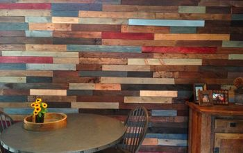 Pallet Wall/Reclaimed Wood
