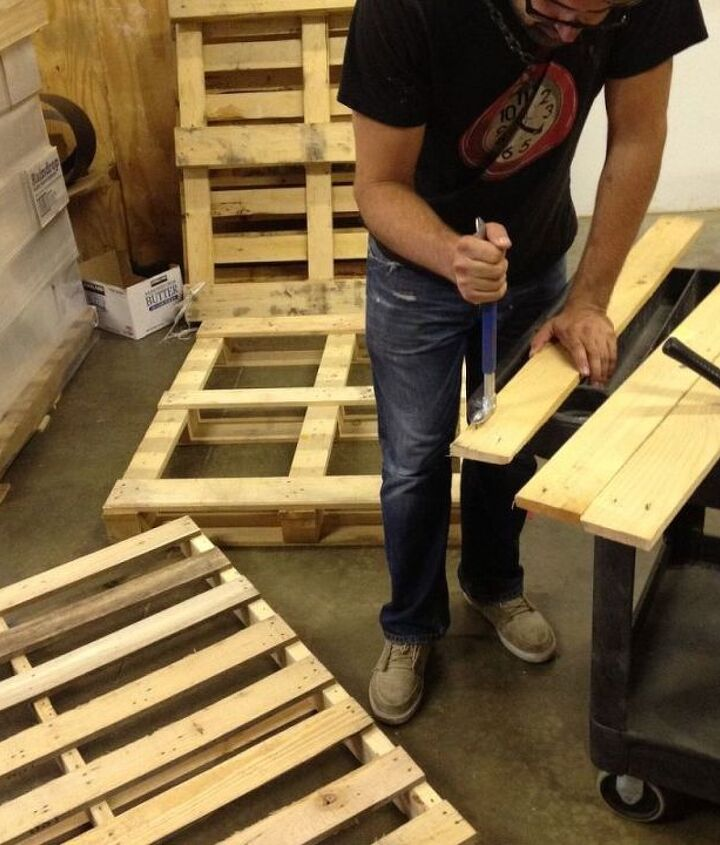 1. Breakdown all the pallets into individual boards.  Repurposed Pallet into a Do-It-Yourself Bench.