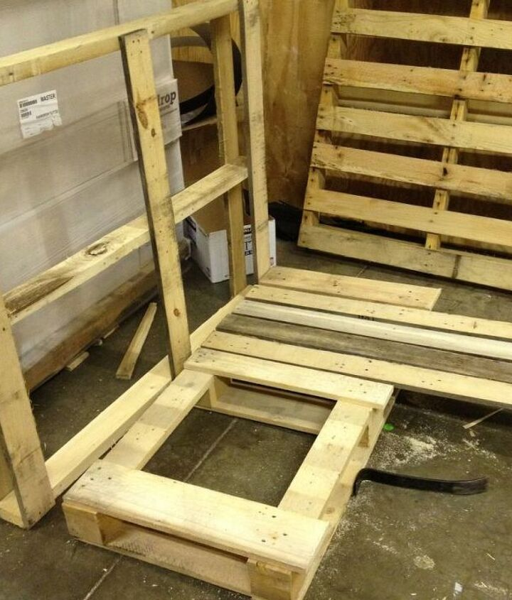 2. Measure and cut boards for the seat.  Repurposed Pallet into a Do-It-Yourself Bench.