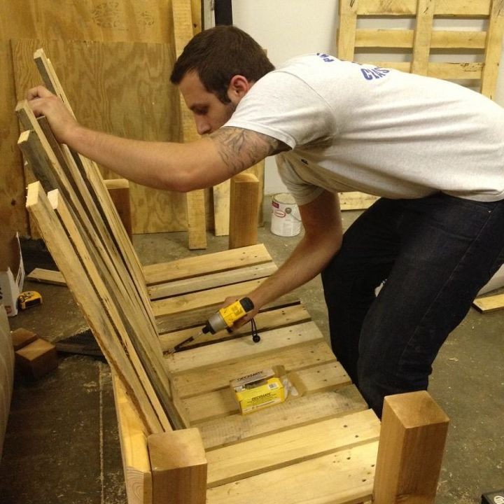 4. Measure, cut & secure the backrest.  Repurposed Pallet into a Do-It-Yourself Bench.
