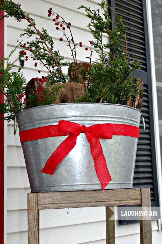 12 days of easy christmas decorating more christmas porch decorations curb appeal outdoor living
