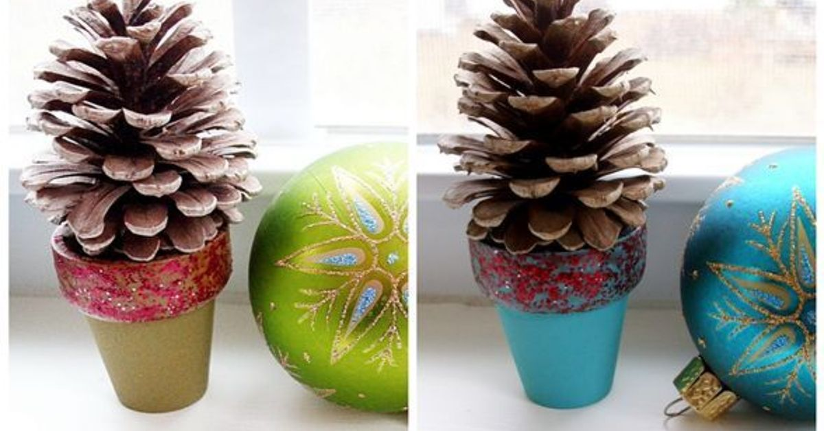 pinecone christmas crafts pinecone craft mini pinecone tree pots hometalk 2683
