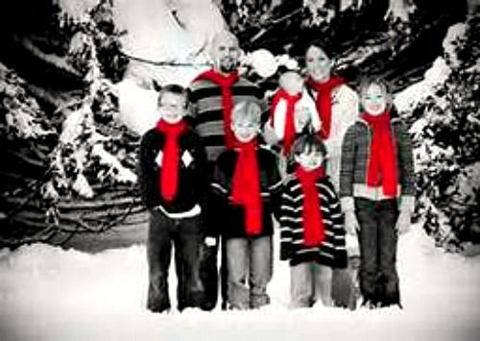 fun family christmas picture ideas seasonal holiday d cor - Family Christmas Photo Ideas
