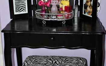 vanity table makeover, bedroom ideas, painted furniture, My teen daughter has a purple n black room so we painted it black