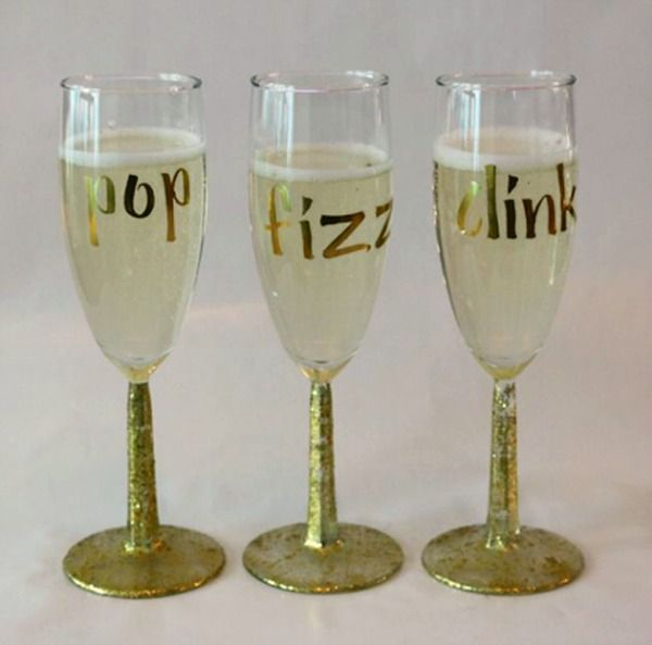 I LOVE these festive glasses that say Pop, Fizz and Clink.  They are a great and easy Diy project you can do in less than an hour.  Source – Tinyprints.com.