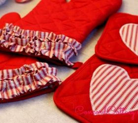 1 Store Oven Mitts Pot Holders With Ruffles, Crafts, Kitchen Design,  Seasonal Holiday