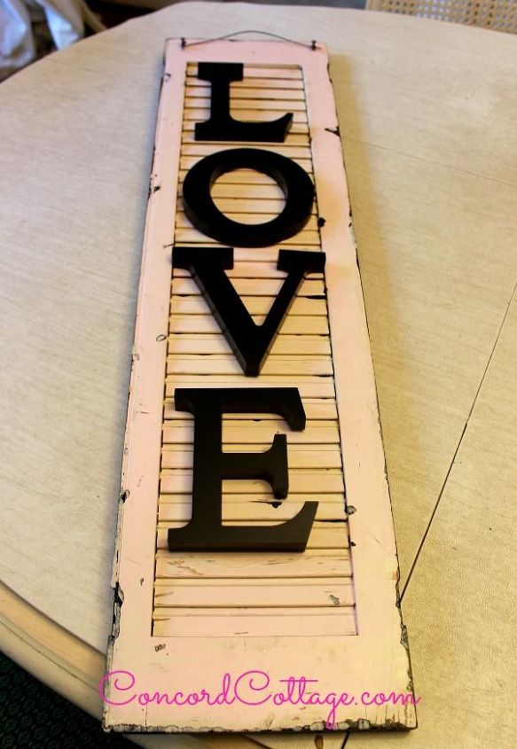 turn an old shutter into shabby chic wall decor, crafts, repurposing upcycling, seasonal holiday decor