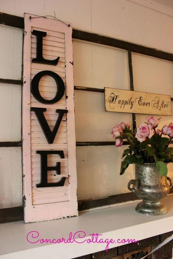 turn an old shutter into shabby chic wall decor crafts repurposing upcycling seasonal - Shabby Chic Wall Decor