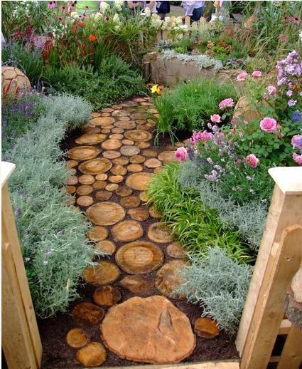 Cute diy garden path idea hometalk cute diy garden path idea diy flowers gardening landscape outdoor living workwithnaturefo
