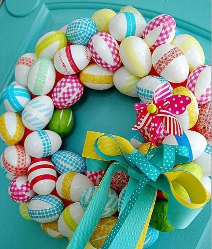 I love this Easter Egg Wreath from Tatertots