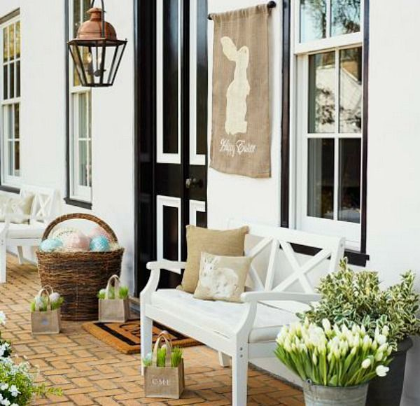 And I love LOVE LoVe this Easter Porch from Pottery Barn!! They sell the flag on their website and you know it would be so easy to knock off too.