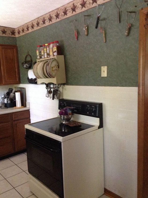 Small U Shaped Kitchen I need help please to make it more functional ...