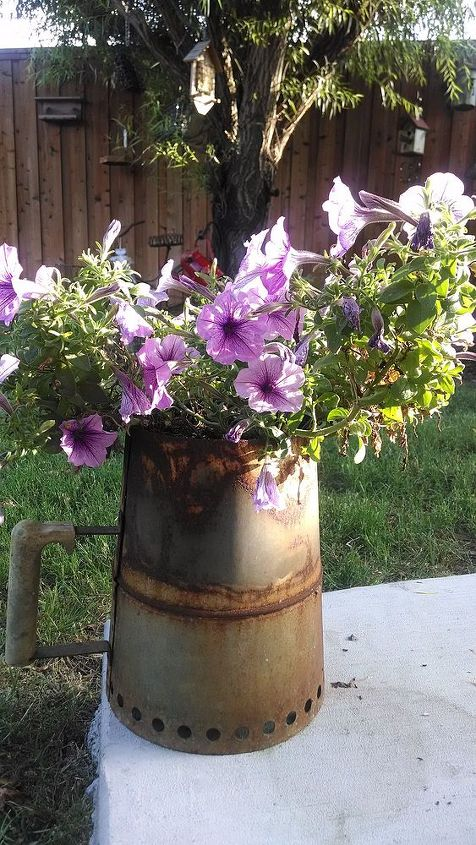 rustic finds, flowers, gardening, repurposing upcycling