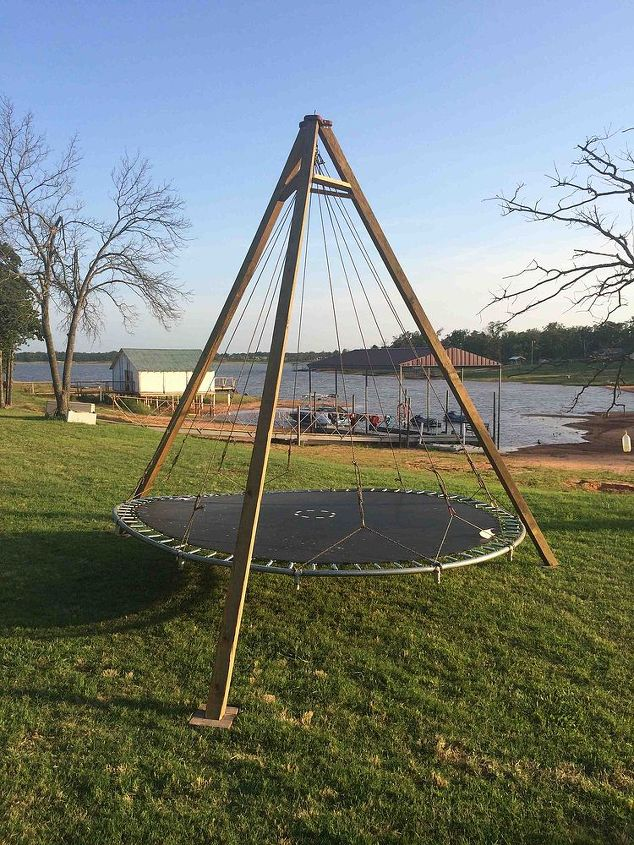 Trampoline Turned Backyard Lounge Swing | Hometalk