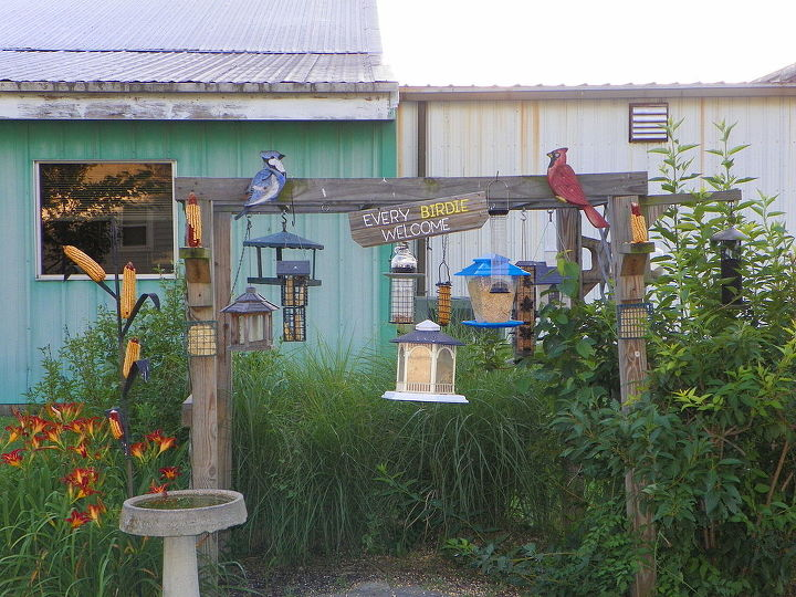 bird feeding station, gardening, outdoor living