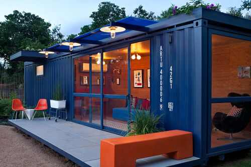 container re dos heres one that they cut openings and added windows httpwwwhomeditcom22 most beautiful houses made from shipping containers - Seecontainerhuser Wa