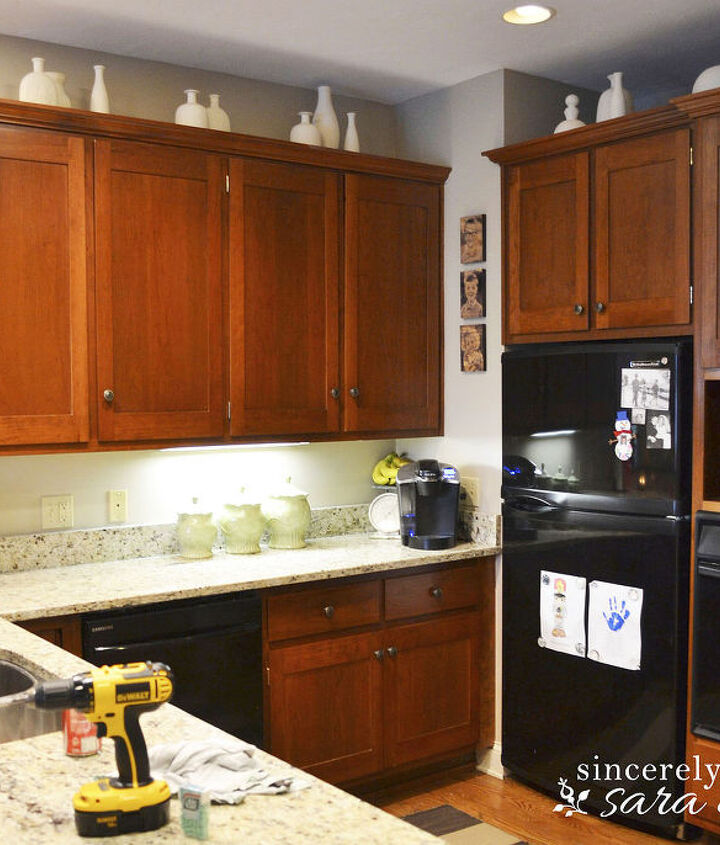 Chalk Paint On Kitchen Cabinets: Paint Kitchen Cabinets With Chalk Paint