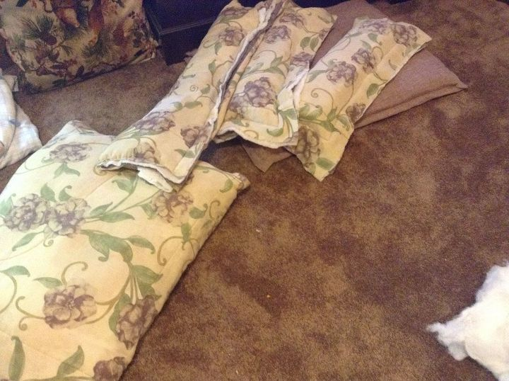 dog bed from comforter how to, diy, pets animals, repurposing upcycling