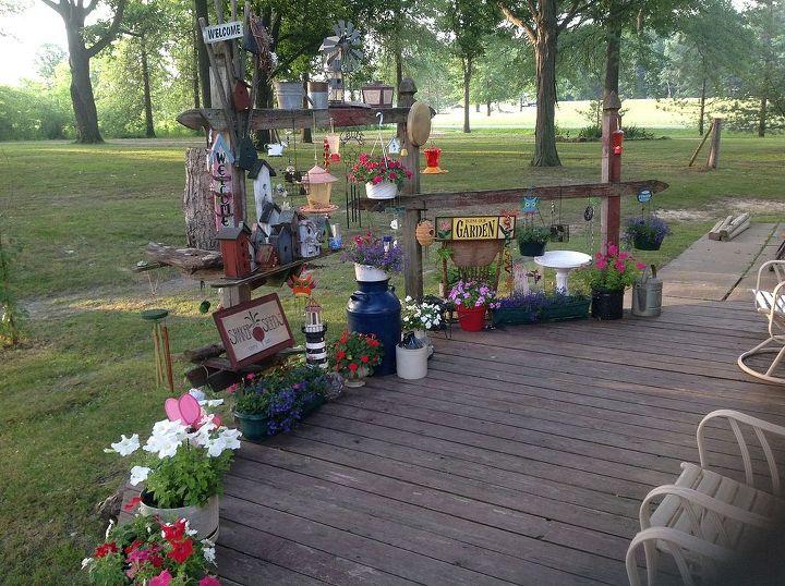 garden backyard outdoor decorations, flowers, gardening, outdoor living, repurposing upcycling
