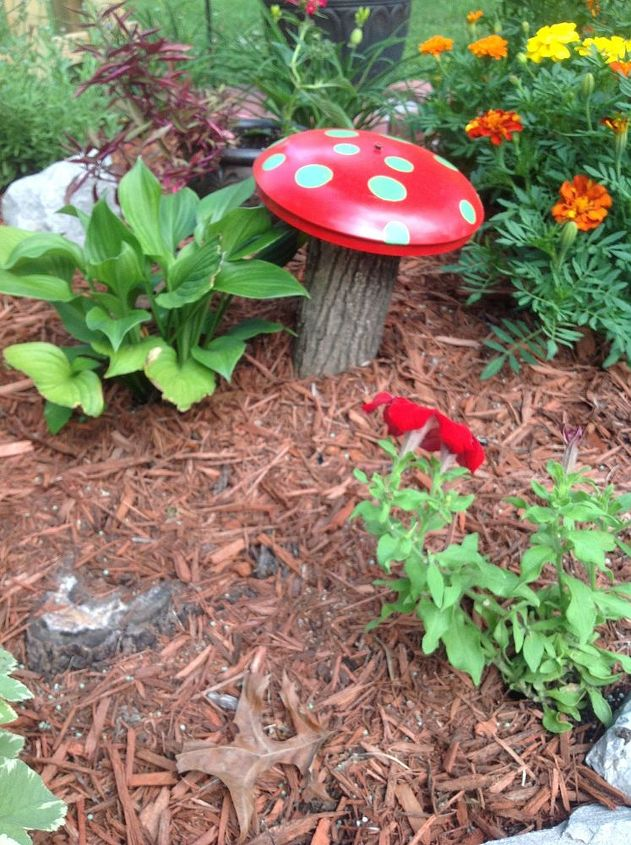 mushrooms garden decor painted, gardening