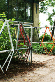 bicycle upcycle decor, gardening, repurposing upcycling