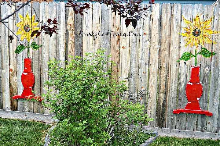 fence art table sunflowers repurposed, crafts, fences, outdoor living, repurposing upcycling