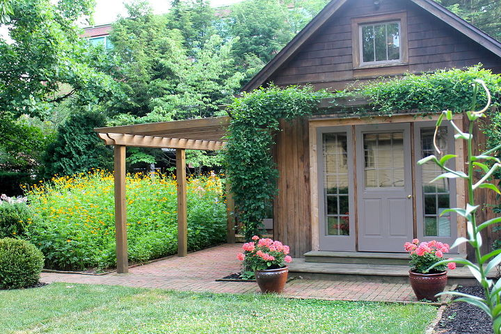Backyard guest cottage outdoor goods for Backyard guest cottage