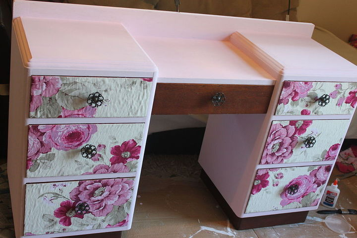 decoupage vanity salvage makeover floral, chalk paint, decoupage, painted furniture