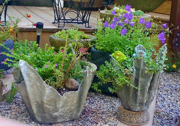 Cement Container Planters : How to make cement draped planters hometalk