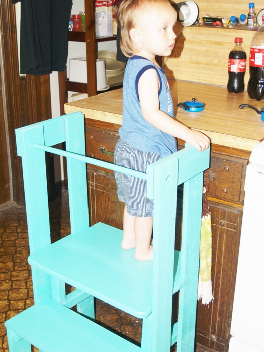 Home Built Stepping Stool for Kitchen Helpers   Hometalk