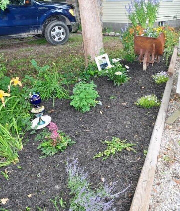 garden art teapot vintage dishes, crafts, gardening, repurposing upcycling