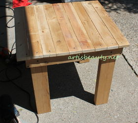 Pallet Wood End Table Graphic, Diy, How To, Painted Furniture, Pallet,