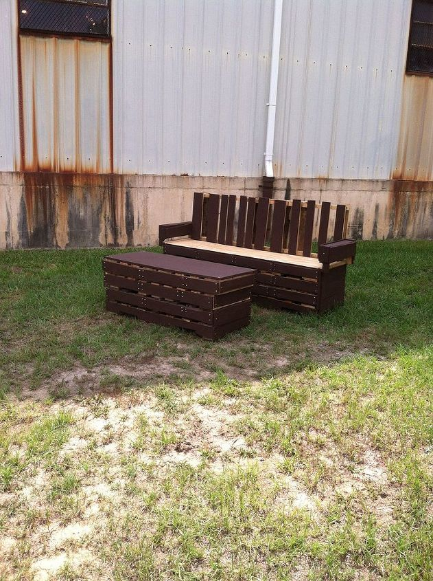 pallet bench pallet coffee table, diy, outdoor furniture, pallet, woodworking projects