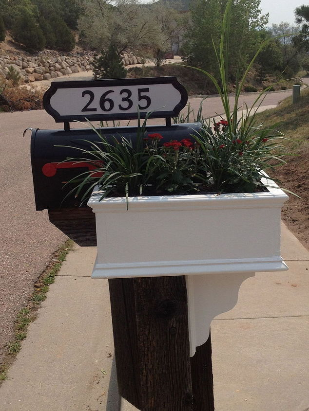 curb appeal mailbox planter makeover, curb appeal, diy, flowers, gardening, shabby chic, woodworking projects