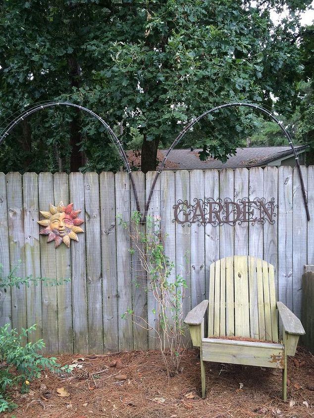 Back fence trellis