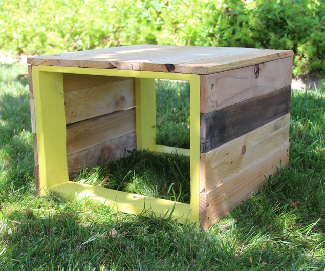 pallet bench coffee table backyard, diy, outdoor furniture, outdoor living, pallet, repurposing upcycling, woodworking projects
