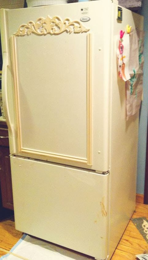 lets turn ugly old fridge into shabby french beauty, appliances, chalk paint, painted furniture, repurposing upcycling