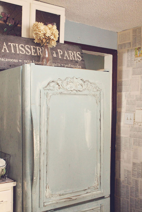 Tiny Home Designs: Lets Turn Ugly Old Fridge Into Shabby French Beauty