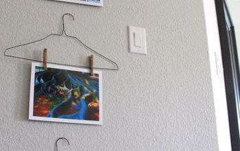 DIY Hanger Art Display