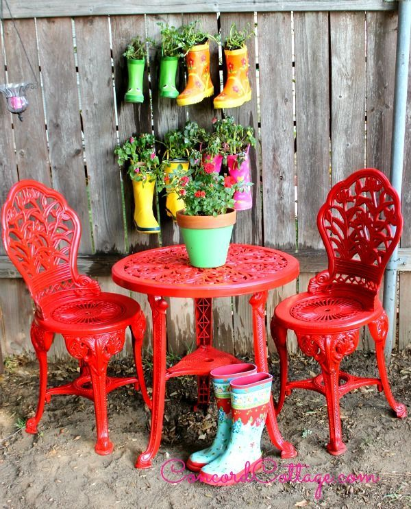 outdoor furniture rustoleum spray paint bistro set red, outdoor furniture, outdoor living, paint colors, painted furniture