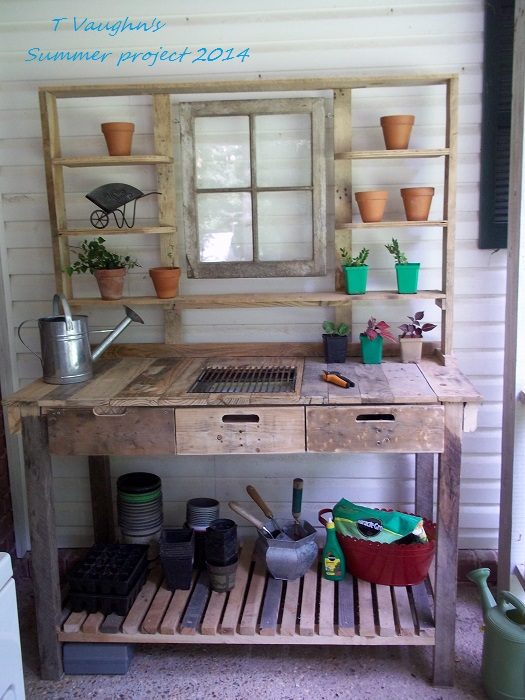 pallet potting bench, organizing