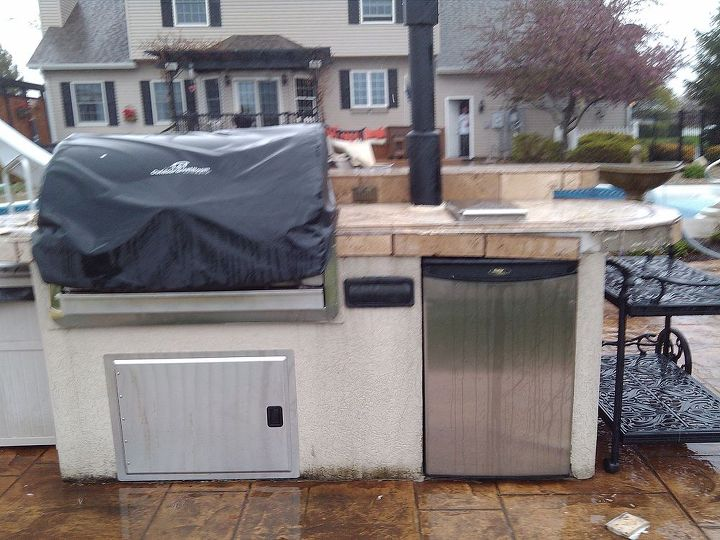 backyard ideas outdoor kitchen grill update, concrete masonry, outdoor living, Before