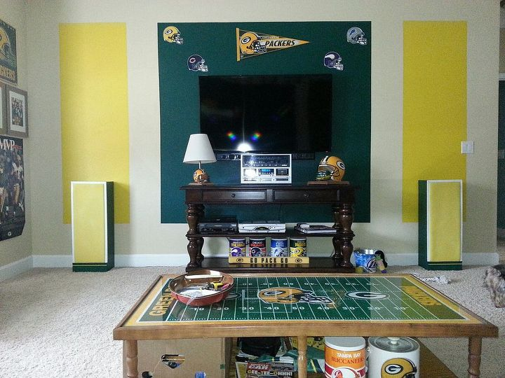 Living Room Ideas Coffee Table Sports Greenbay Packers Theme Home Decor Painted Furniture