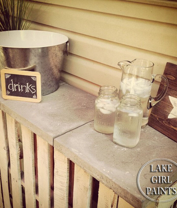 pallet mini bar, outdoor living, pallet, repurposing upcycling